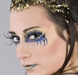 Extreme makeup (click on the small images to Enlarge)