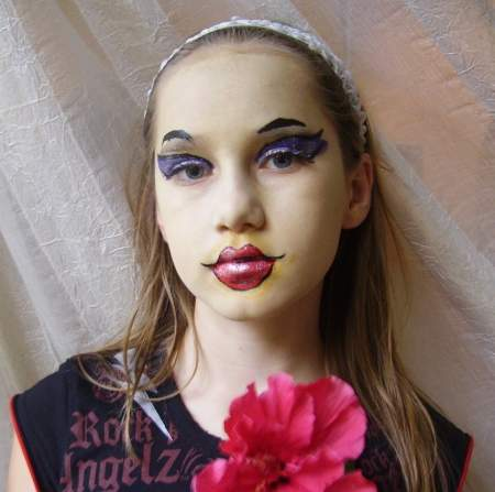 Party bratz doll face painting