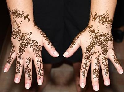 Henna Hands (Click on smaller images to enlarge)