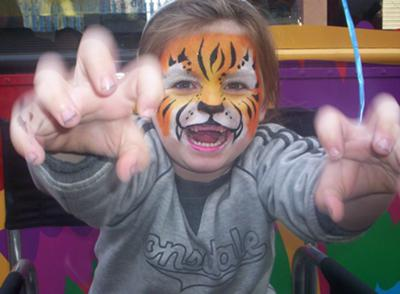 Cheeky tiger (Click on the smaller images to enlarge)