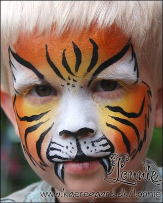 Tiger (click on the smaller images to enlarge)