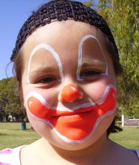 smiling clown face painting step 2